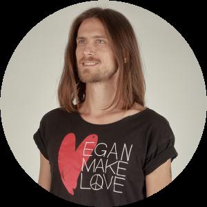 rudolf-krajewski-vegan-hooligan